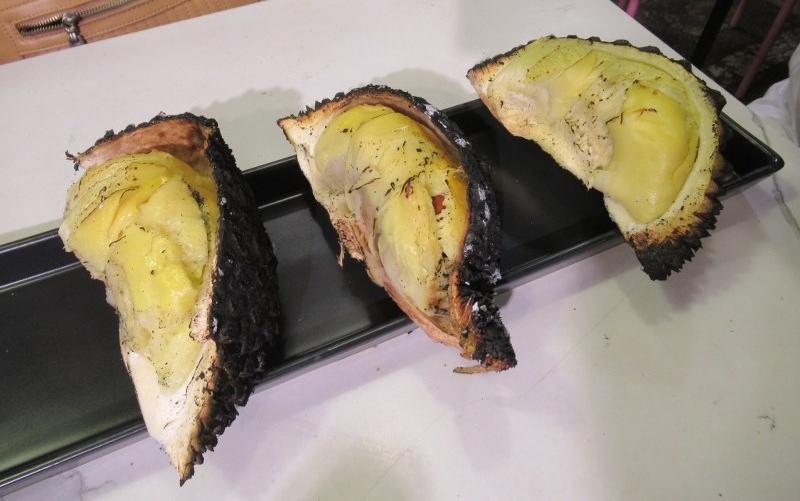 durian bakar bangkok ratchada market