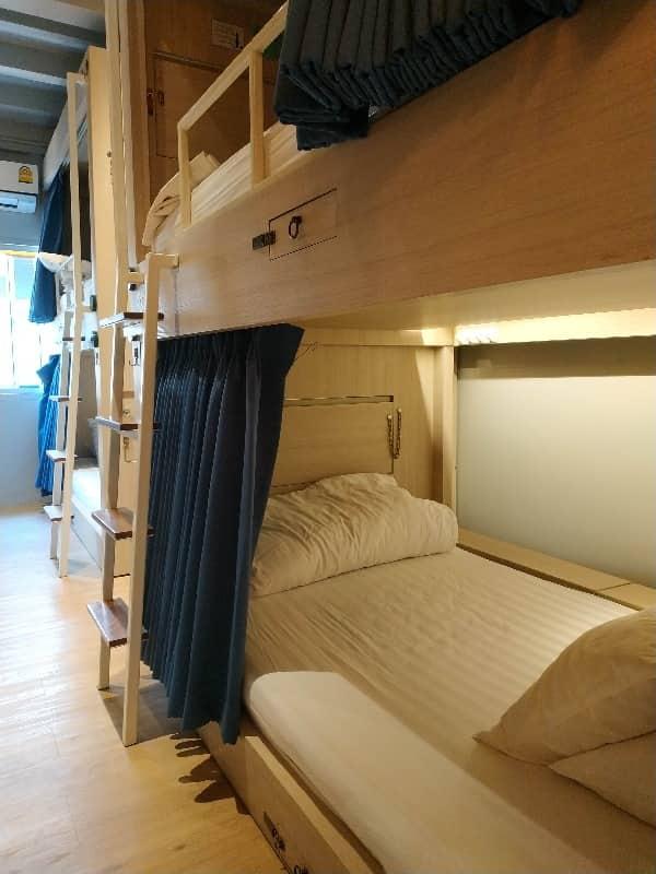 hostel KINNON bangkok for digital nomad