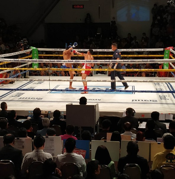 Watch Free Professional Muay Thai Fights in Bangkok at Channel 7 Stadium
